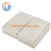 nam-cham-vien-chu-nhat-10x5x2mm