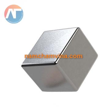 nam-cham-vien-vuong-50x50x30mm